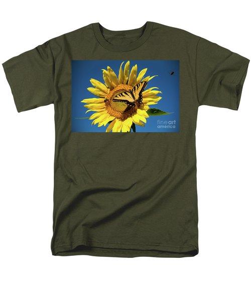 Lunch With Friends Men's T-Shirt  (Regular Fit)