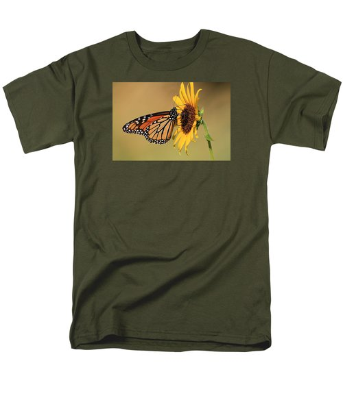 Monarch Butterfly On Sun Flower Men's T-Shirt  (Regular Fit) by Sheila Brown