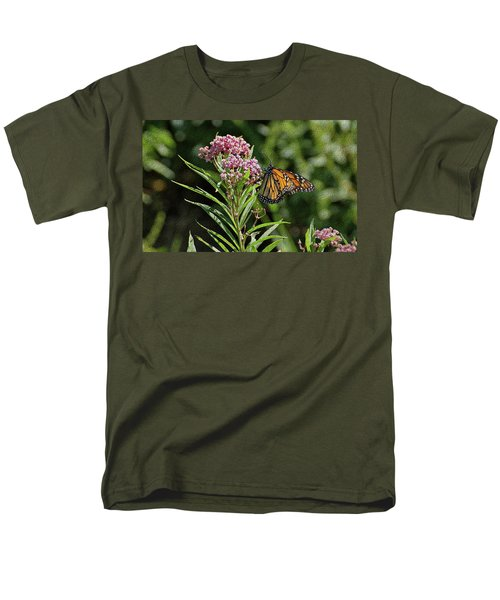 Men's T-Shirt  (Regular Fit) featuring the photograph Monarch On Milkweed by Sandy Keeton