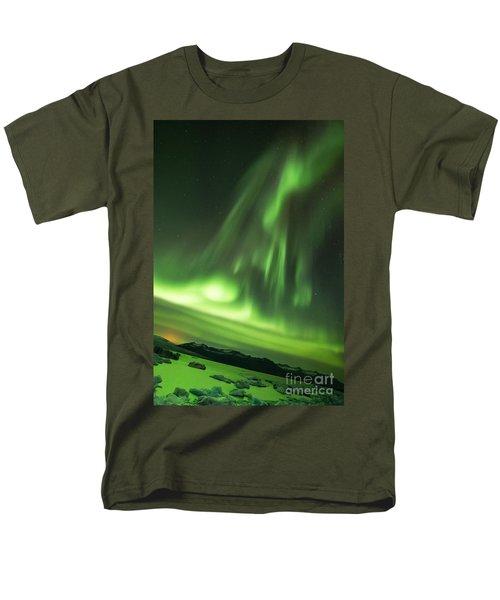 Men's T-Shirt  (Regular Fit) featuring the photograph Northern Lights 5 by Mariusz Czajkowski
