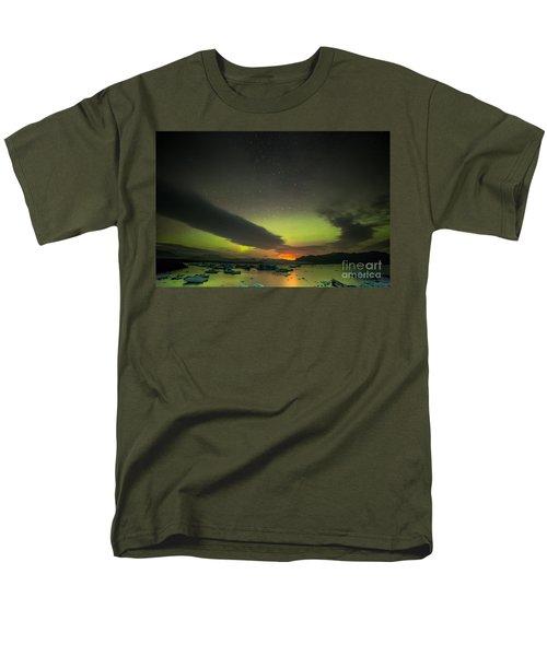 Men's T-Shirt  (Regular Fit) featuring the photograph Northern Lights  by Mariusz Czajkowski