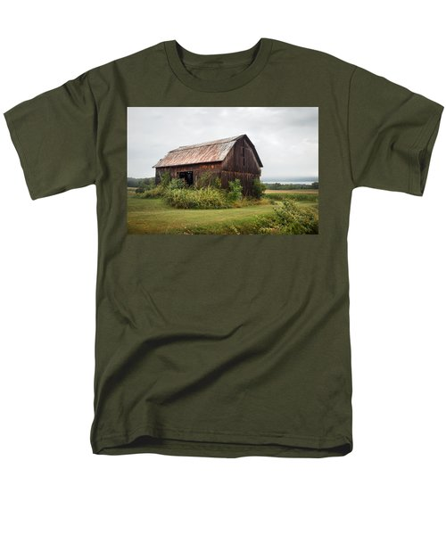 Old Barn On Seneca Lake - Finger Lakes - New York State Men's T-Shirt  (Regular Fit) by Gary Heller