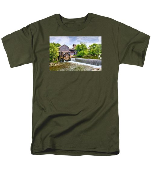 Old Pigeon Forge Mill Men's T-Shirt  (Regular Fit)