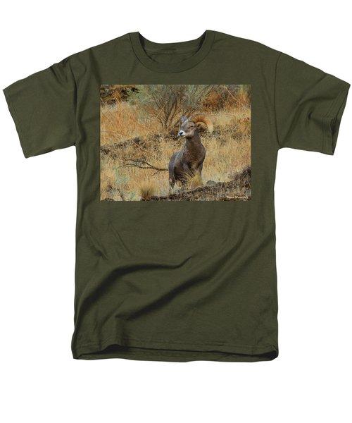 On Guard Men's T-Shirt  (Regular Fit) by Steve Warnstaff