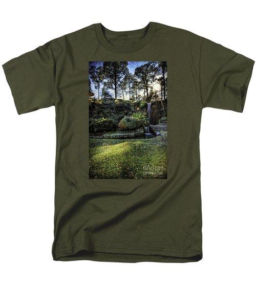 On The Horizon    Men's T-Shirt  (Regular Fit)
