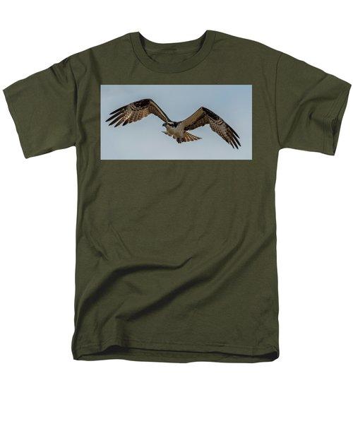 Osprey Flying Men's T-Shirt  (Regular Fit) by Paul Freidlund