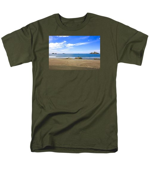 Pacific California Men's T-Shirt  (Regular Fit) by Chris Smith