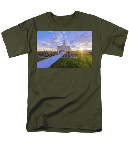 Men's T-Shirt  (Regular Fit) featuring the photograph Payson Temple I by Chad Dutson