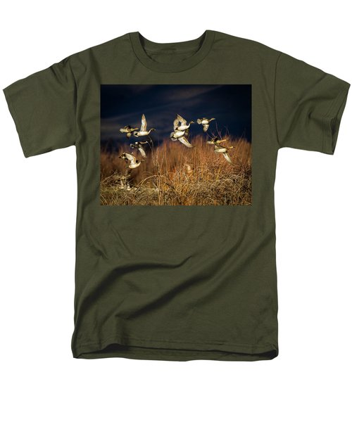 Pintails And Wigeons Men's T-Shirt  (Regular Fit)