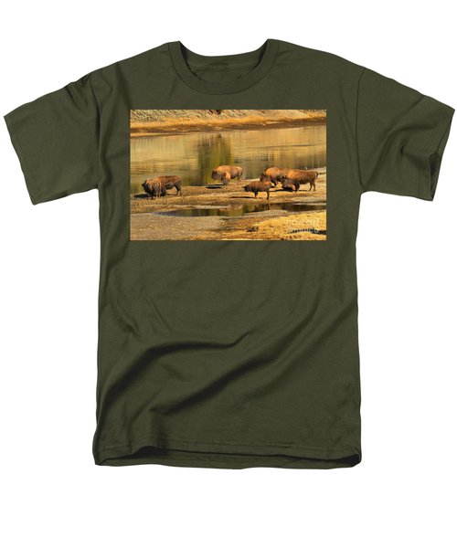 Men's T-Shirt  (Regular Fit) featuring the photograph Planning To Cross by Adam Jewell