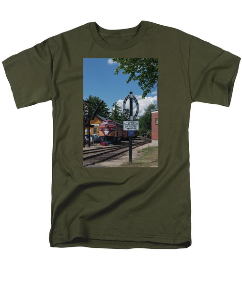 Men's T-Shirt  (Regular Fit) featuring the photograph Railroad Crossing by Suzanne Gaff