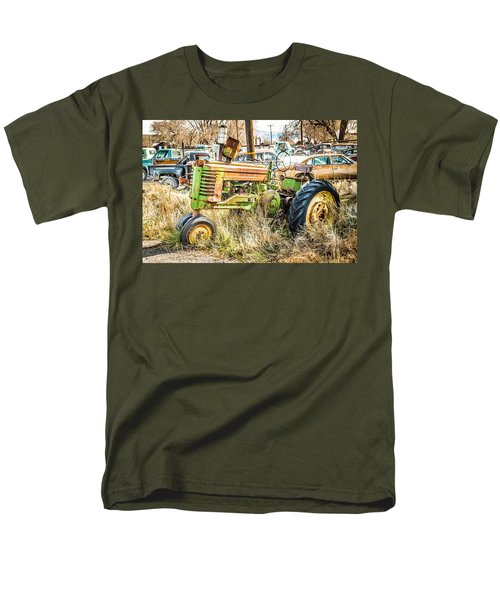 Men's T-Shirt  (Regular Fit) featuring the photograph Ready To Work by Jan Davies