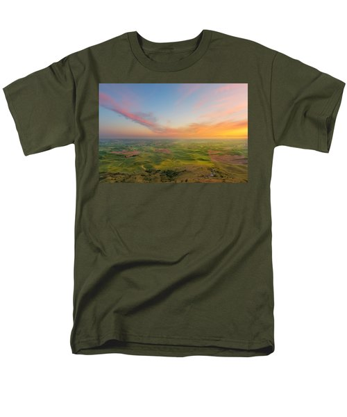 Men's T-Shirt  (Regular Fit) featuring the photograph Rural Setting by Ryan Manuel
