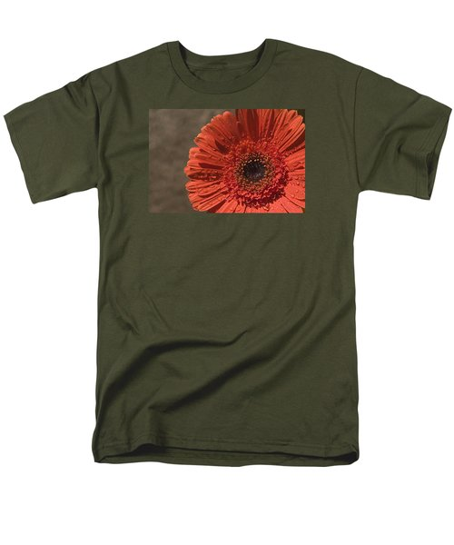 Skc 5127 The Heart Of The Gerbera Men's T-Shirt  (Regular Fit) by Sunil Kapadia