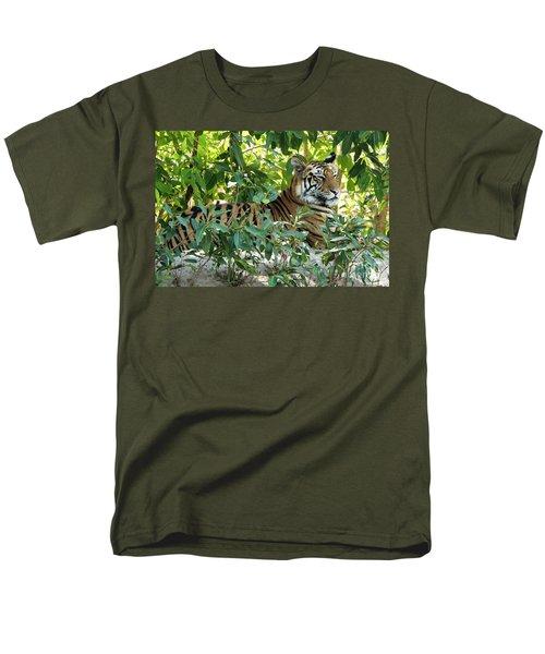 Sleepy Cat Men's T-Shirt  (Regular Fit) by Pravine Chester