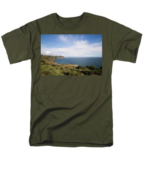 Sonoma Coastline Men's T-Shirt  (Regular Fit) by Lana Trussell