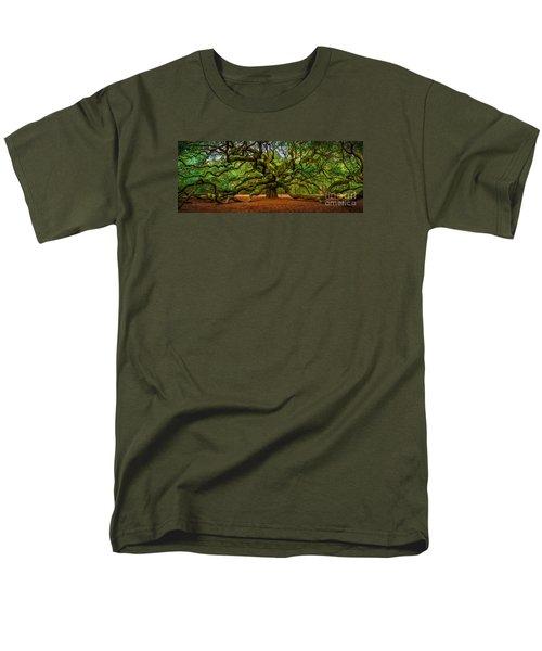 Angel Oak In Charleston Men's T-Shirt  (Regular Fit) by David Smith