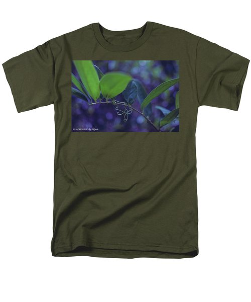 squiggle Vine Men's T-Shirt  (Regular Fit) by Stefanie Silva