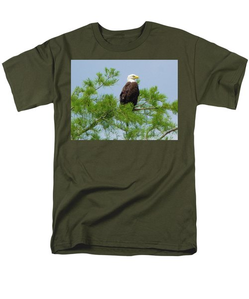 Standing Proud Men's T-Shirt  (Regular Fit) by Kimo Fernandez