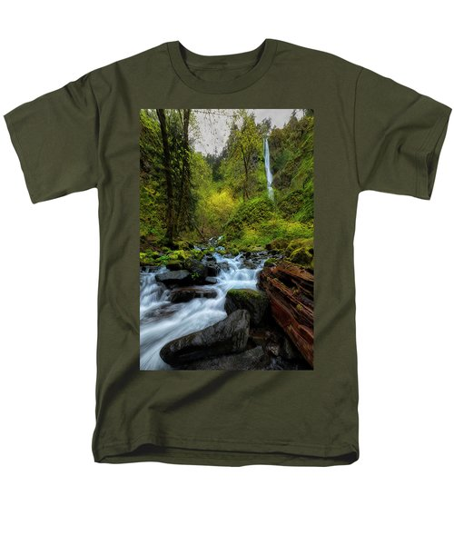 Men's T-Shirt  (Regular Fit) featuring the photograph Starvation Creek And Falls by Ryan Manuel