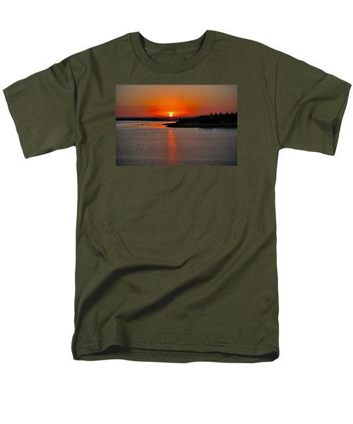 Men's T-Shirt  (Regular Fit) featuring the photograph Sunrise Over Lake Ray Hubbard by Diana Mary Sharpton