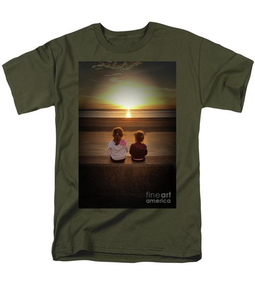 Sunset Sisters Men's T-Shirt  (Regular Fit)