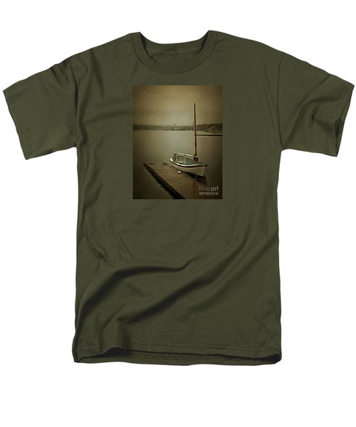 Men's T-Shirt  (Regular Fit) featuring the photograph The Admirable by Susan Parish
