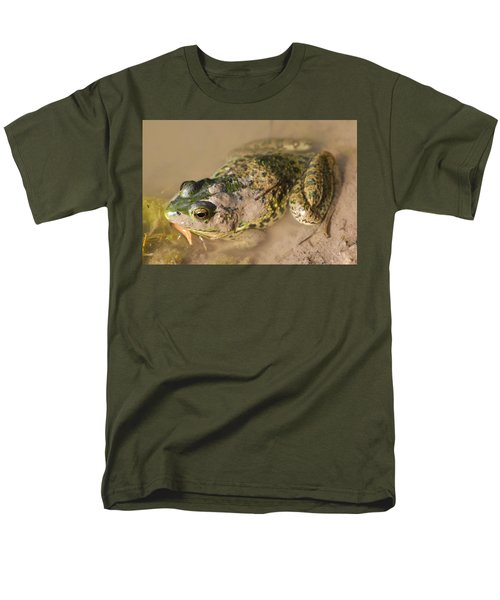 The Camouflage Frog Men's T-Shirt  (Regular Fit) by Lisa DiFruscio