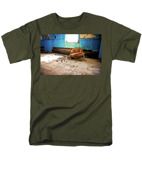 Men's T-Shirt  (Regular Fit) featuring the photograph The Chair by Randall Cogle