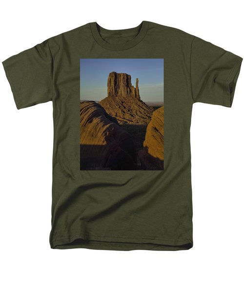 Men's T-Shirt  (Regular Fit) featuring the photograph The Earth Says Hello by Rob Wilson
