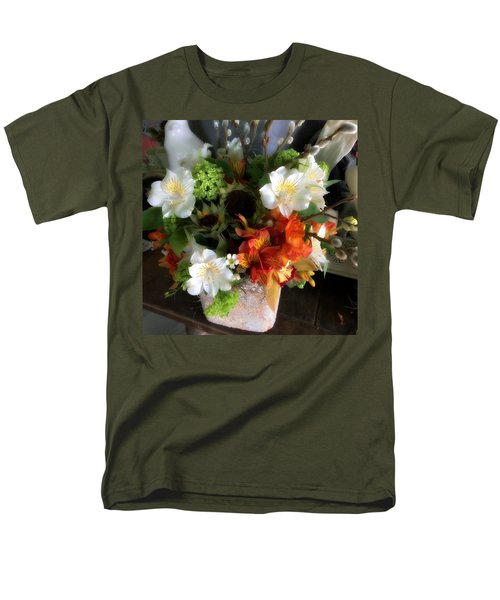 Men's T-Shirt  (Regular Fit) featuring the photograph The Gift Of Giving by Peggy Stokes