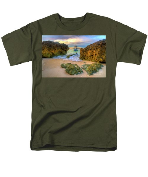 Men's T-Shirt  (Regular Fit) featuring the photograph The Inbetweener by Yhun Suarez