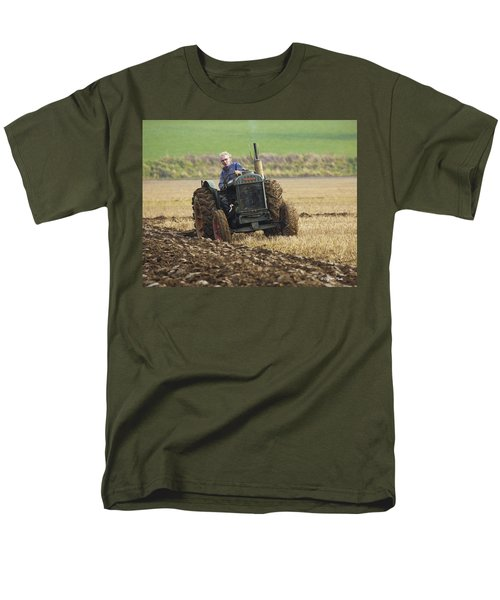 Men's T-Shirt  (Regular Fit) featuring the photograph The Old Ploughman by Roy McPeak