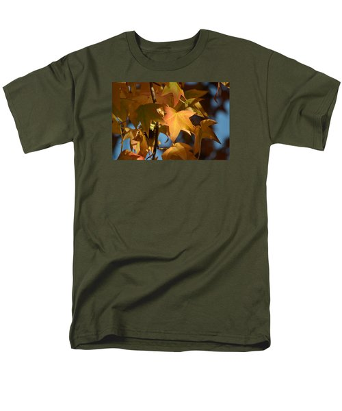 To Me Is Fun It Feels Like Fall.  Men's T-Shirt  (Regular Fit) by Alex King