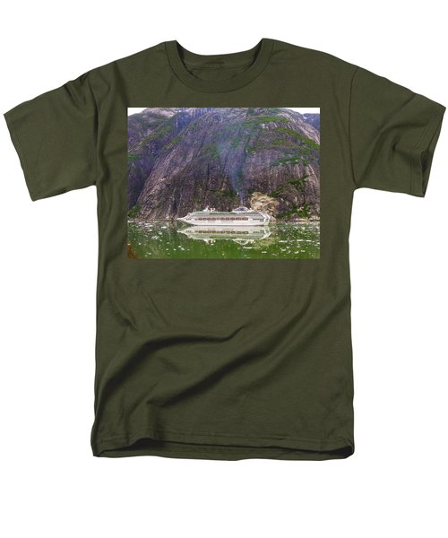 Tracy Arm Fjord Men's T-Shirt  (Regular Fit) by Jim Mathis