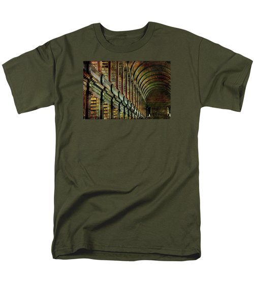 Trinity College Library Men's T-Shirt  (Regular Fit) by Vittorio Chiampan
