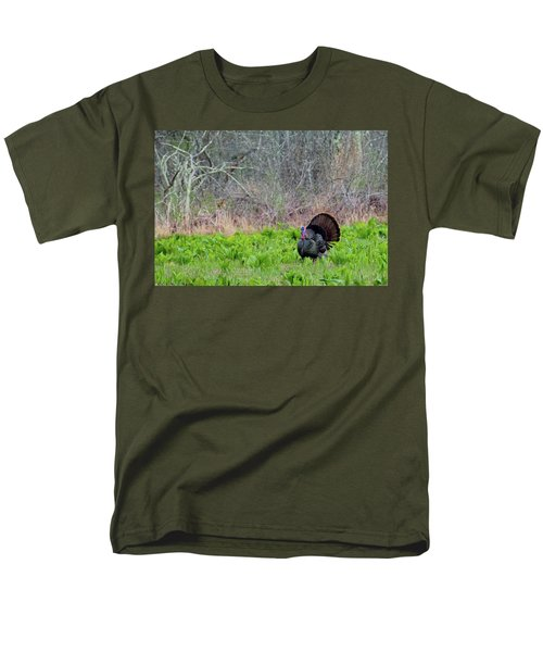 Men's T-Shirt  (Regular Fit) featuring the photograph Turkey And Cabbage by Bill Wakeley