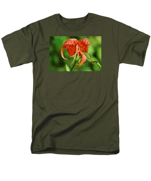 Men's T-Shirt  (Regular Fit) featuring the photograph Turn Up The Heat by Michiale Schneider