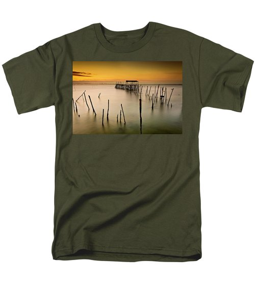 Men's T-Shirt  (Regular Fit) featuring the photograph Twilight by Jorge Maia