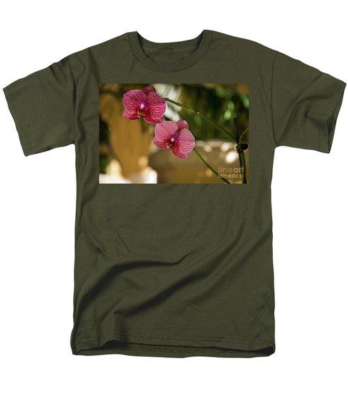 Two Friends Men's T-Shirt  (Regular Fit)