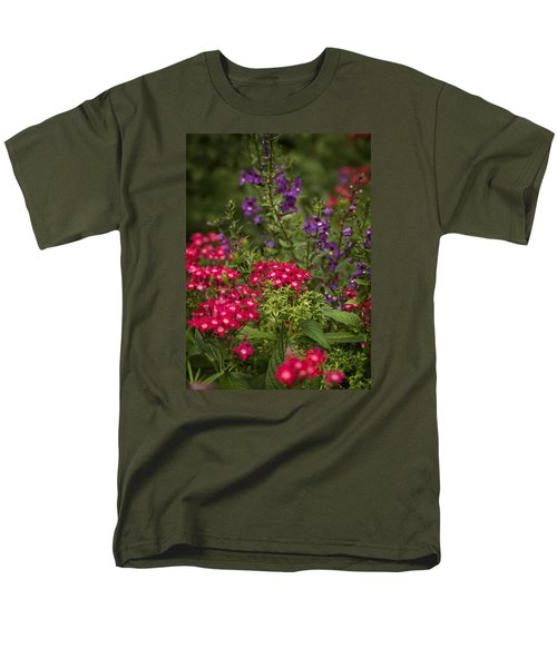 Vibrant Blooms Men's T-Shirt  (Regular Fit)