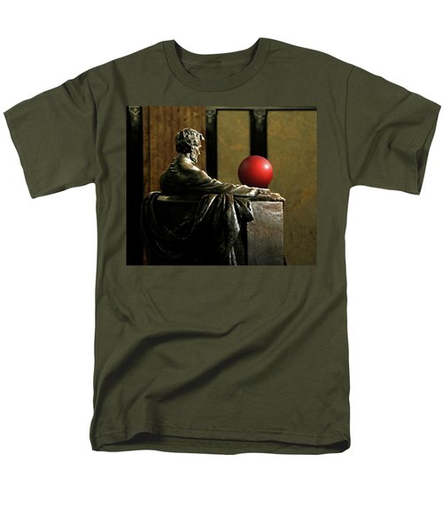 Men's T-Shirt  (Regular Fit) featuring the photograph Visiting Lincoln by Christopher McKenzie