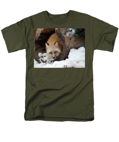 Winter Fox Men's T-Shirt  (Regular Fit) by Richard Bryce and Family