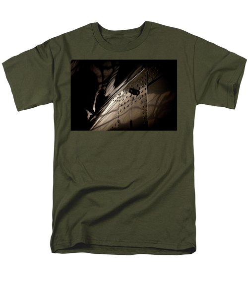 Wow, Look At The Reflections Men's T-Shirt  (Regular Fit) by Paul Job