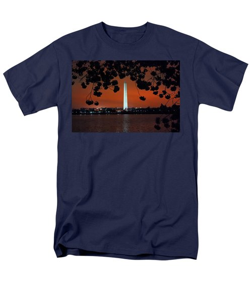 Men's T-Shirt  (Regular Fit) featuring the photograph Washington Monument by Suzanne Stout