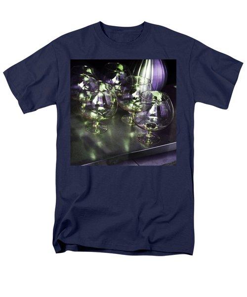 Aubergine Paris Wine Glasses Men's T-Shirt  (Regular Fit) by Evie Carrier