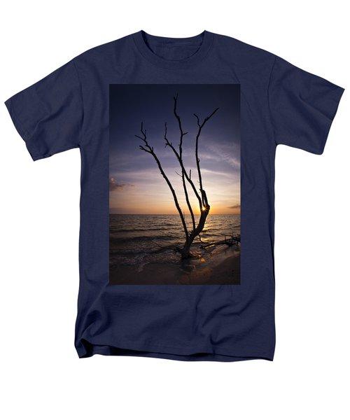 Men's T-Shirt  (Regular Fit) featuring the photograph Bonita Beach Tree by Bradley R Youngberg