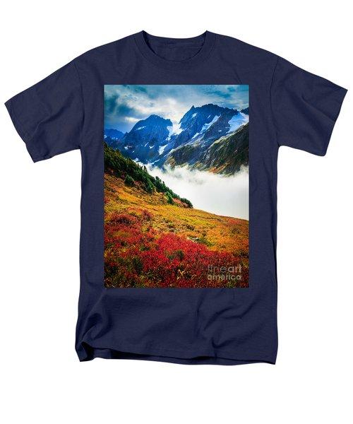 Cascade Pass Peaks Men's T-Shirt  (Regular Fit) by Inge Johnsson