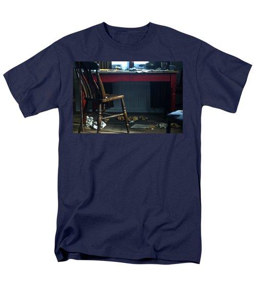 Dylan Thomas Writing Shed Men's T-Shirt  (Regular Fit)