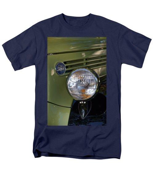 Men's T-Shirt  (Regular Fit) featuring the photograph Hr-19 by Dean Ferreira
